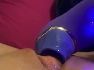 SUCTION VIABRATOR on my swollen throbbing clit!