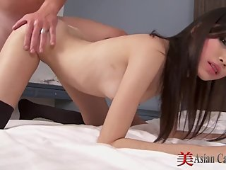 asian babe ...sucking and fucking.....
