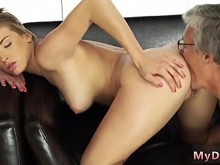 Old man young girl car xxx hot lady and classic Sex with her