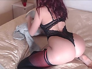 Camgirl chaturbate show : pussy - soles - doggy - ass 1/2020