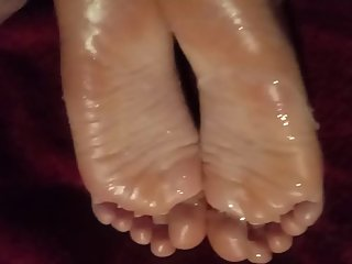 Cum young sexy feet