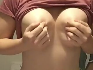 Boob drop - Please cum on my titties
