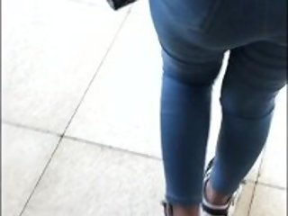Candid Ass a College Girl with a big ass Walking ( in Slow Motion )
