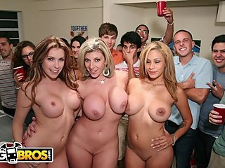 BANGBROS - Courtney Cummz, Sara Jay & Jamie Valentine Invade College Party
